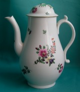 A Caughley Porcelain Coffee pot c.1780