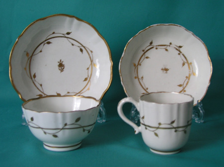 Caughley Porcelain Coffee Cup, Teabowl and 2 Saucers