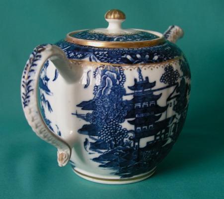 Caughley Porcelain Teapot Amp Sucrier