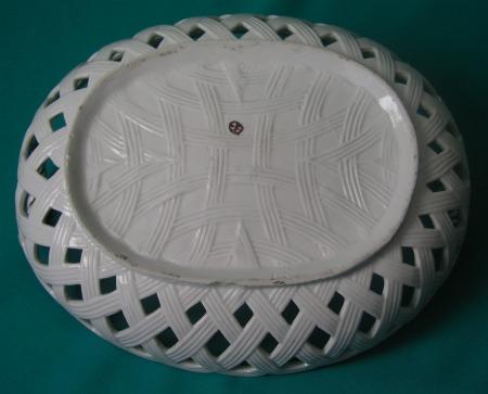 A Hochst Porcelain Basket C 1760
