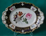 A New Hall Porcelain Dish, Pattern 3090, c.1820