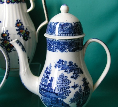 Blue Amp White Pearlware Coffee Pots C 1790 1810