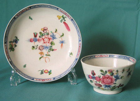 New Hall porcelain tea bowl and saucer Pattern 593